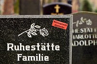 Right of use is expired - Sticker on a gravestone of a family grave, Germany