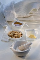 Oatmeal, honey, and lemon spa facial treatment