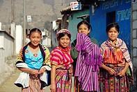 Quiche girls, Zunil, Quatemala, Central America