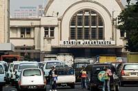 Main railway station, Jakarta, Java, Indonesia, Southeast Asia, Asia