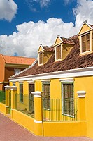 Alley District, Willemstad, UNESCO World Heritage Site, Curacao, Netherlands Antilles, West Indies, Caribbean, Central America
