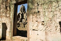 The surrounding walls of Angkor Thom heritage site contain splendid frescos that depict war scenes and khmer labor