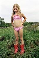 Flicka I Bikini, Girl 6_7 Wearing Bikini