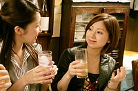 Women chatting in the Japanese_style pub