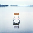 Dig. Original Stol Som Står I En Sjö Chair On Beach