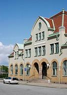 Mariestads Järnvägsstation, Car Parked Outside Railway Station