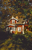 Torp Med Trädgård, House Among Trees