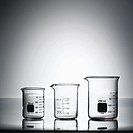 Glass science beakers (thumbnail)