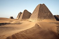 The pyramids of Meroe, Sudan´s most popular tourist attraction, Bagrawiyah, Sudan, Africa