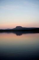Fjällsjö I Skymning Och Dimma Med Fjället Daunatjåkko I Bakgrunden, Lake At Dusk