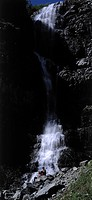 130X180 FOTO: Claes Grundsten COPYRIGHT BILDHUSET, Waterfalls With Stream