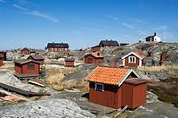 Hus och stugor ppå Huvudskär, Stockholms Skärgård, Cottages On Rocks Against Sky, Elevated View, Stockholm Archipelago