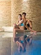 Couple at a health spa (thumbnail)