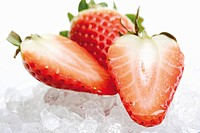 Strawberries on ice cubes