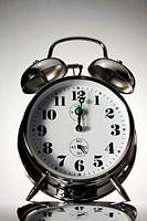 Alarm clock: 12 o'clock