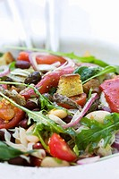 Spicy grilled vegetable salad