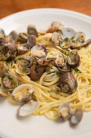 Linguine with shellfish