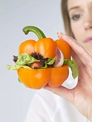 Woman with pepper vegetable_burger