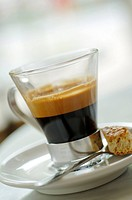Café noir in a glass cup