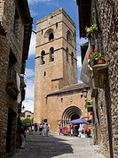 Bell tower and main façade of the Romanesque collegiate church of Santa Maria (12th century), Ainsa. Sobrarbe, Huesca province, Aragon, Spain