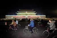 Palace of the Emperor, forbidden city, cyclists, Beijing, China