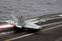 F/A_18E Super Hornet launches off the flight deck