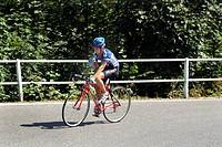 ciclismo, scalata al monte primo, lombardia, italia