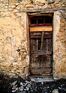 damage, architecture, brown, broken, beige, damaged, abandoned