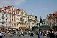 Old Town Square and the Jan Hus Munument, Stare Mesto, Prague, Czech Republic