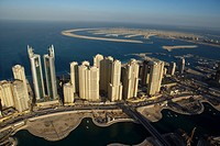 Dubai, aerial, airborne, sky, december, 2006 (thumbnail)