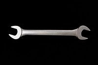 Metal crescent wrench