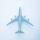Miniature model jet airplane