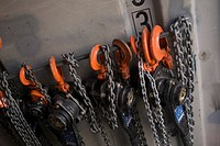 Chain, Close_Up, Day, Group Of Objects, Hanging