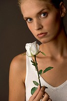 Woman with white rose (thumbnail)