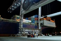 flag, machine, crane, loading, pulling, lifting