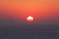 Oia, the famous sunset. Oia, Santorini, Cyclades, Greece, Europe