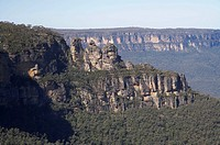 The Three Sisters, and Jamison Valley, Katoomba, Blue Mountains, New South Wales, Australia