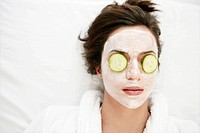 Young, woman, wearing, face mask, fresh, relaxed (thumbnail)