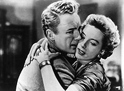 movie, The End of the Affair, GBR 1955, director: Edward Dmytryk, scene with: Van Johnson and Deborah Kerr, drama, lovers couple, embracing, embrace,