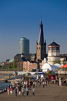Germany, Rhineland_Westphalia, Dusseldorf, along Rheinufer Rhein River embankment