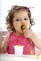 Little girl compote