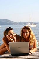 Friends beach computer