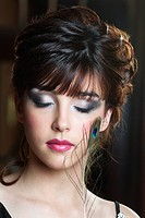 Young woman wearing make_up