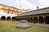 chiostro della collegiata di sant´orso, aosta, valle d´aosta, italia