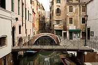 Houses along a narrow canal, Parochia San Cassan, Venice, Italy, Europe