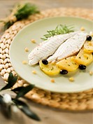 Filetto di orata alla ligure Sea bream fillet with potatoes