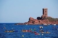 France, Var, Esterel Corniche, Agay village, Cap Dramont and ile d´ Or Golden Island