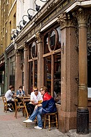 United Kingdom, London, East End, Spitalfields, Ten Bells Pub terrace where Jack the Ripper used to let his victims not far