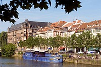 France, Alsace, Bas Rhin, Strasbourg, Quai des Bateliers