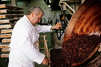 France, Alpes de Haute Provence, Peyruis, making of the black nougat at Chez Manon Confectioner – Espace Saint Pierre